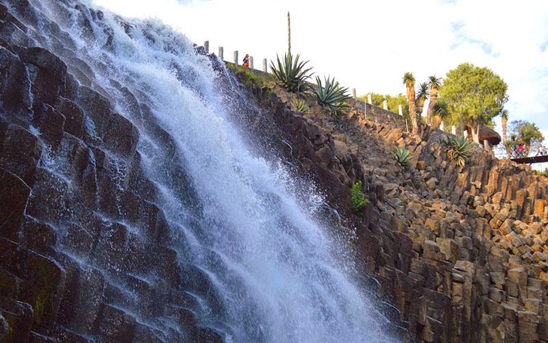 Базальтовые призмы в каньоне Санта Мария Регла