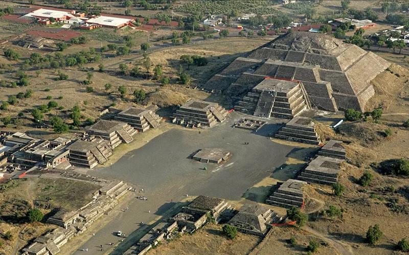 город Богов Теотиуакан в Мексике
