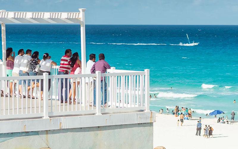 Смотровая площадка Канкуна на Пляже Дельфинов