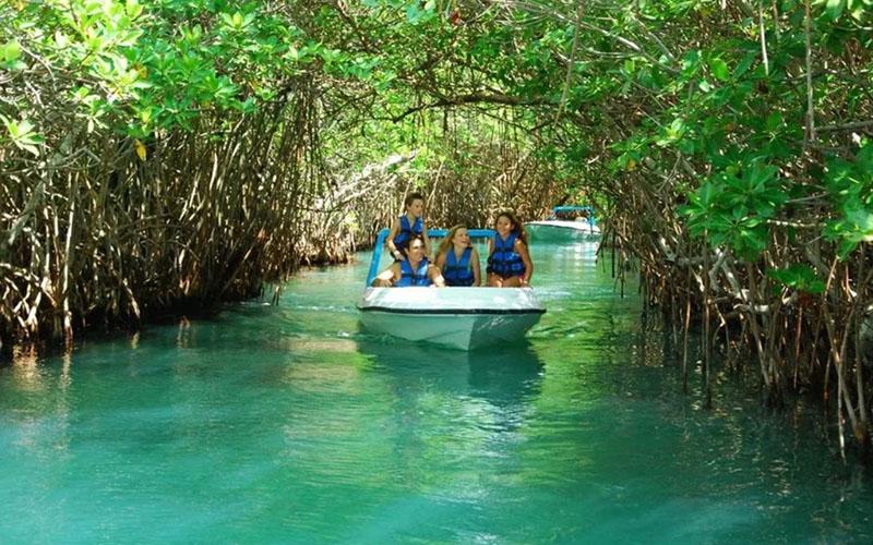 Лагуна Ничупте (Laguna Nichupté) в Мексике